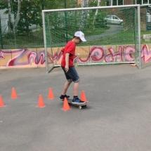Skate-action-01