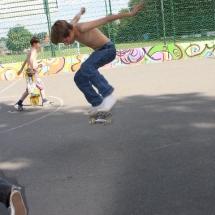 skate-action-04